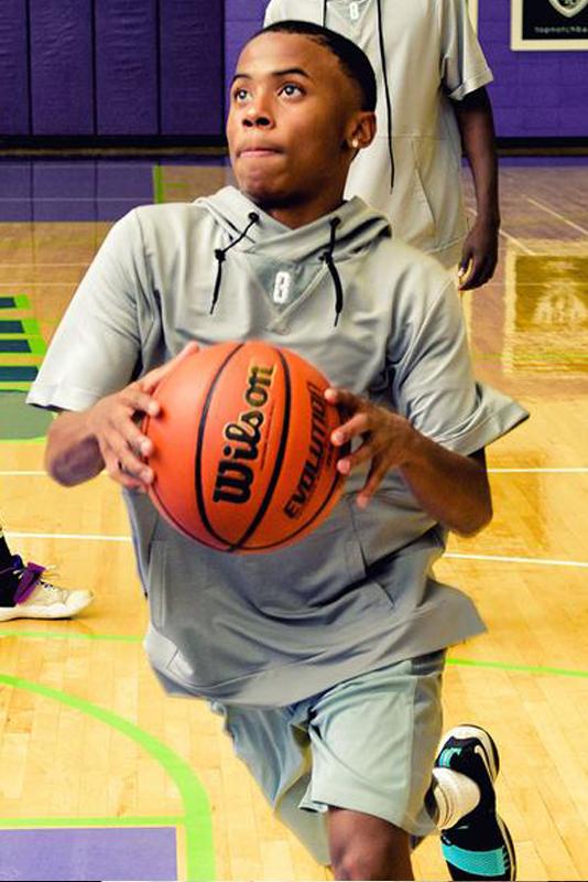 Felpa-basketball-asciugamano-pallacanestro-cappuccio-hooded-grigio-grande - Model